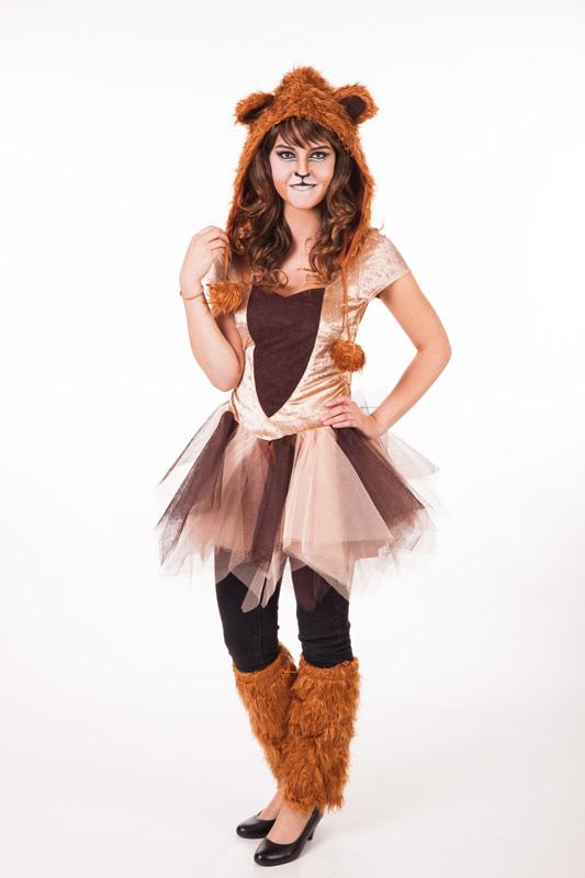 Löwe schminken - outfit komplett