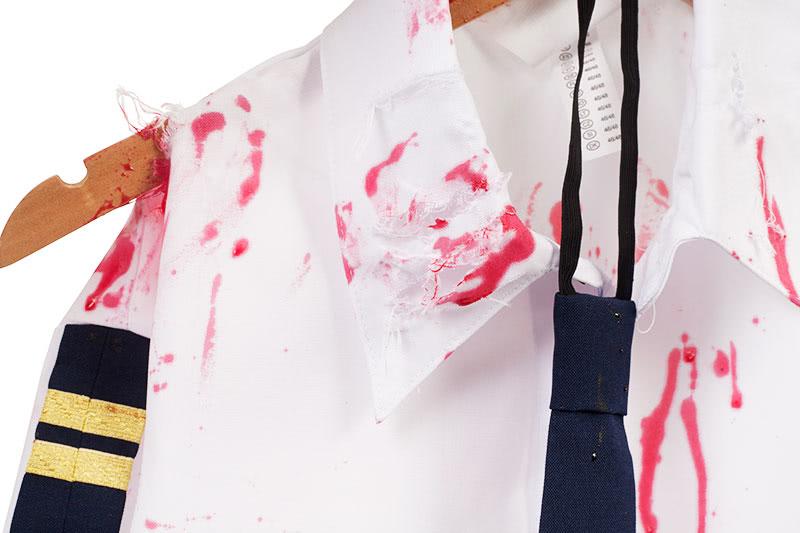 Zombie Kostüm selber machen - Kunstblut aufbringen