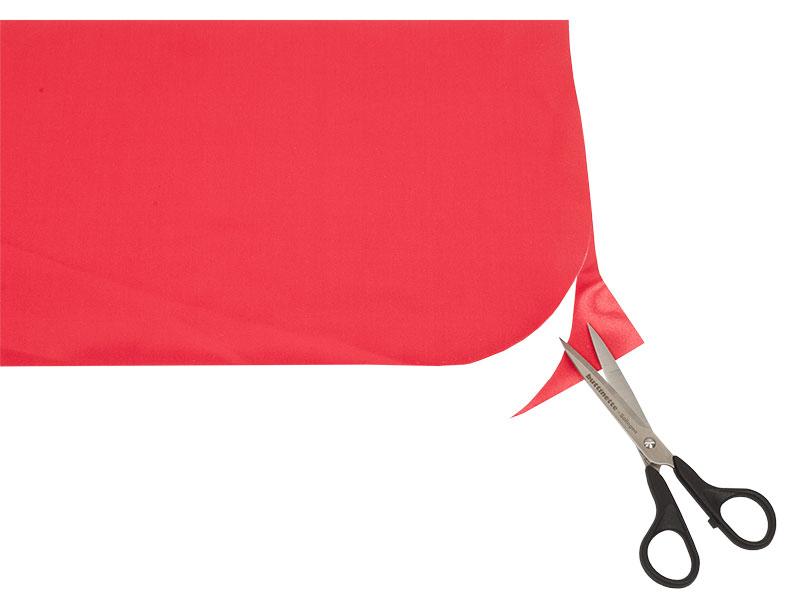 Rotkäppchen Kostüm - Schürze Ecken abschneiden